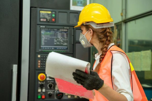 For a successful URS, gather information from the workers who will use the equipment on a daily basis.