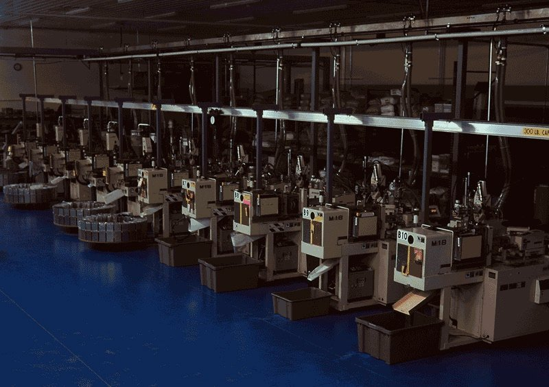 Makuta lights out plant for injection molding